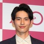 岡田健史、緊張の初CM発表会! 令和元年で「レベルアップ」誓う