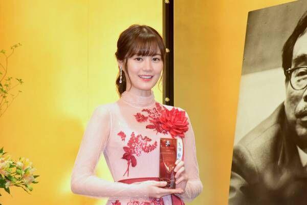 乃木坂46・生田絵梨花、演劇賞受賞で思い熱弁 「令和にバトンを」