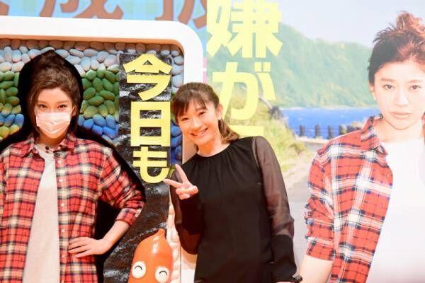 篠原涼子、ざわちんのものまねメイクと並び「似てる!」コツも教わる
