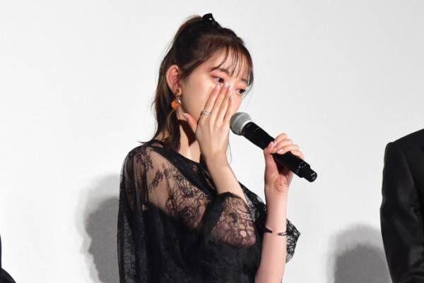 乃木坂46・堀未央奈、初主演映画初日に涙…「女の子の背中を押したい」