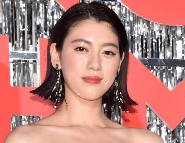 三吉彩花、ダンス披露し観客魅了 矢口監督最新作主演に「毎日葛藤していた」