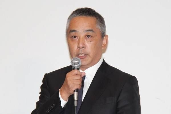 吉本・岡本社長、減俸も辞任せず 加藤浩次とは会見後に「ミーティング」