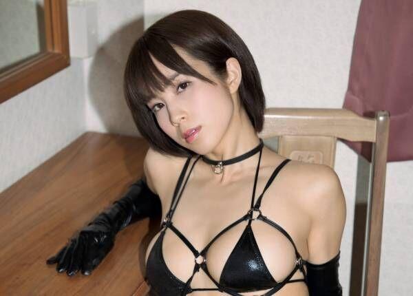 Gカップ犬童美乃梨、セクシーな家庭教師を熱演して年下の男子を誘惑!