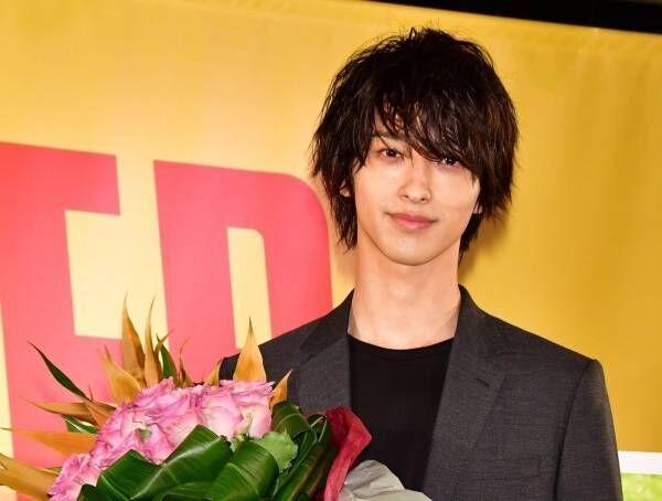 横浜流星、ドラマ『はじこい』の出演で「ハゲ覚悟でピンク髪にした」