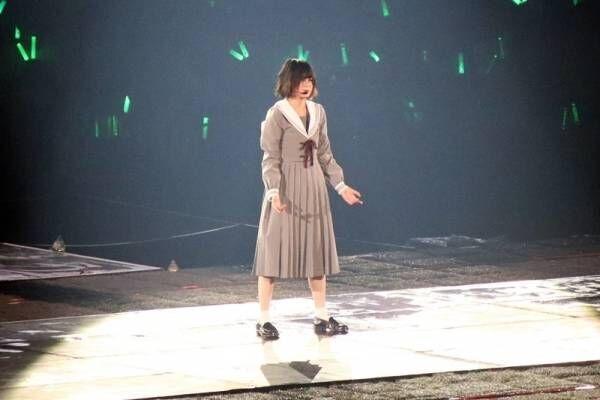 平手友梨奈、ソロ曲で5万人魅了! 欅坂46初の東京ドーム公演でラスト飾る