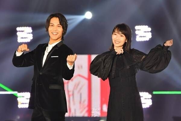 中川大志、波瑠とバイオリンポーズ! 新ドラマで「キュンキュンさせたい」