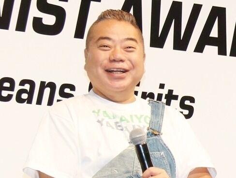 出川哲朗、ベストジーニスト受賞に恐縮「プライベートではかないので…」
