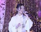 【動画】木下晴香、『アラジン』名曲を生歌唱 きらびやかなイルミネーションに「素敵な景色」