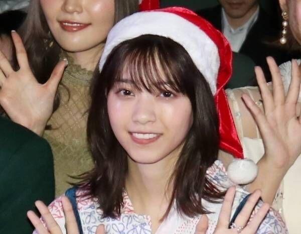 西野七瀬、サンタ帽姿でクリスマスの思い出語る「サンタさんを見たくて…」