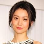 """大島優子、""""心友""""秋元才加の結婚祝福「2人ならではの素敵な家庭を」"""