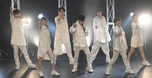 GENIC、デビュー後初ライブ「僕たちのすべての思いを…」画面越しにファンに感謝