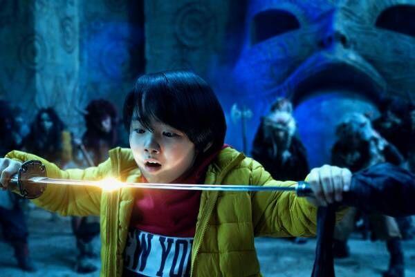 寺田心、凛々しく剣を持つ! 神木隆之介からのバトンで令和版『妖怪大戦争』