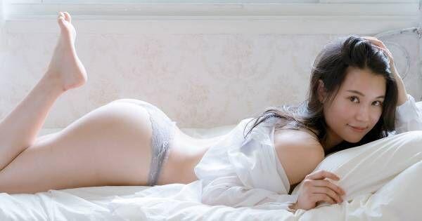 元AKB鈴木まりや、1st写真集は「大胆衣装やポーズ」29歳で初グラビア披露