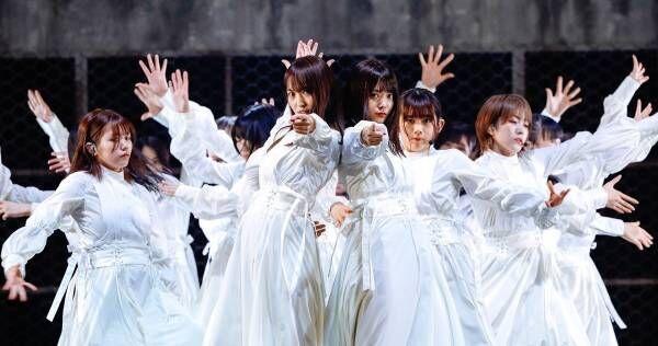 欅坂46、5年間の活動に幕「ずっとずっと宝物」 櫻坂46として新曲も初披露
