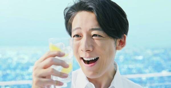 高橋一生、氷結の新CMキャラクターに「お酒が好きなのでとても嬉しい」