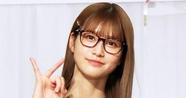 """""""めるる""""生見愛瑠、中1からメガネ 勉強しすぎて?「そう言いたいけど…」"""
