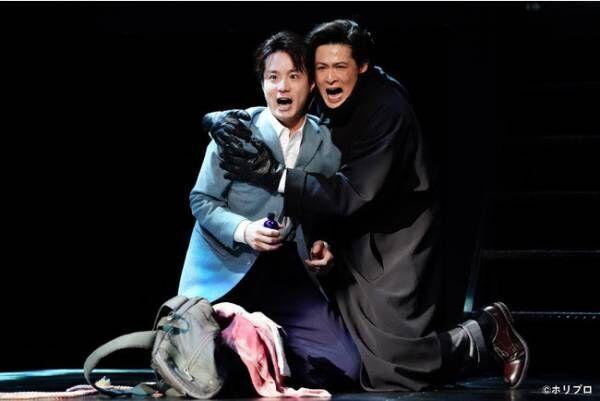 男2人だけのミュージカル『スリル・ミー』日本10年目の開幕! 3組それぞれの魅力見せる