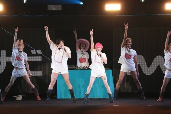 """EXIT、""""丈短すぎ""""衣装で新曲披露 次なる目標は「紅白出たい!」"""