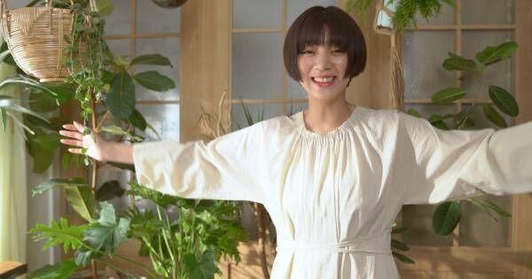 池田エライザ、CM監督に初挑戦 出演者に優しく声かけ「リラックス〜(笑)!」