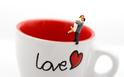 仕事中の飲み物で「恋愛相性」が判明!気になるカレはコーヒー派?緑茶派?【恋占ニュース】