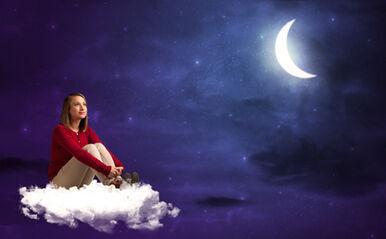 """""""シンデレラデー""""は恋愛の引き寄せ日!?話題の占星術師Keikoの『月星座ダイアリー』実践レポ"""