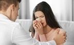 「女の涙」を武器にする秘訣は?彼がほれ直すモテ涙と、ウザ涙の違いを検証