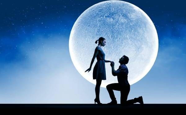 運命の恋も収穫!中秋の名月、満月…秋の収穫祭の「12星座別・恋占い」