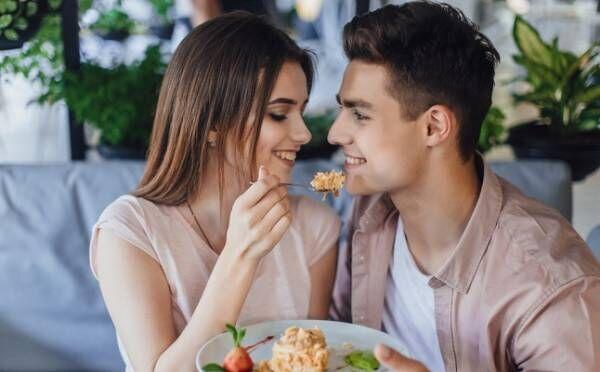 新カレを必ず落とせるの朝の習慣って?「食べもの×恋愛」エピソード3つ