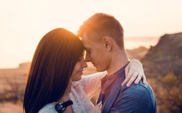 彼がキュンとする「上手なキス」って?手の位置、表情、キス後の一言…