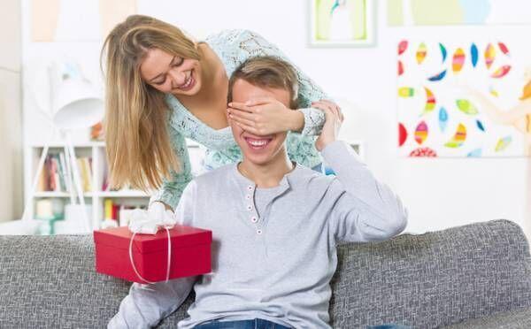 彼氏へのサプライズ体験談!喜ばれた&ドン引きされたプレゼントを公開