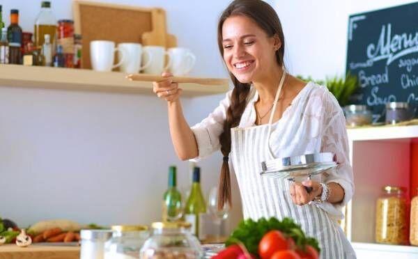 肉じゃがはあざとい?男性が本当に「彼女に作ってほしい料理」はコレ!