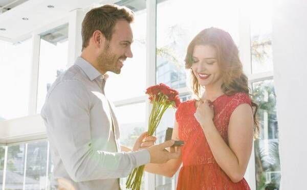 「憧れの彼と電撃結婚」大人の片思いが実った体験談2つ!報われない恋の記憶も