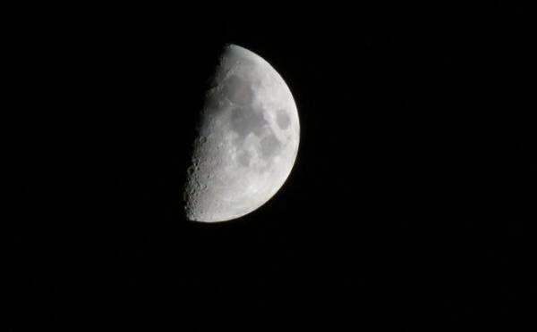 山羊座は転機とも言えるタイミング!10月6日『上弦の月』月星座別☆メッセージ