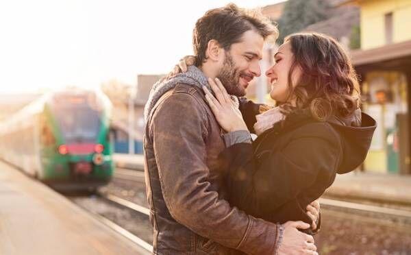 距離別に見る「遠距離恋愛」で愛を深める秘訣!3時間圏内、飛行機…