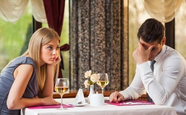 「いい子だけど…」男性から見て、付き合う決め手に欠ける女性の特徴