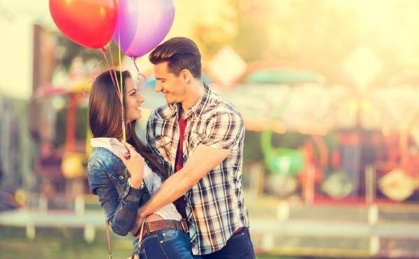 【4月の恋占い】月運命数5のあなたは、理屈では説明できない恋に陥る!?