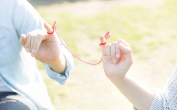 本当の愛は壊れない!困難に直面しても破局せず、絆が強まるカップルとは?