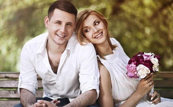 彼に結婚の話を切り出していいタイミング3つ!既婚の友達が増えた…あとは?