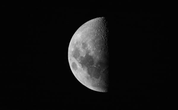 魚座は運命の出会いに気づける?10月10日「下弦の月」月星座別☆メッセージ