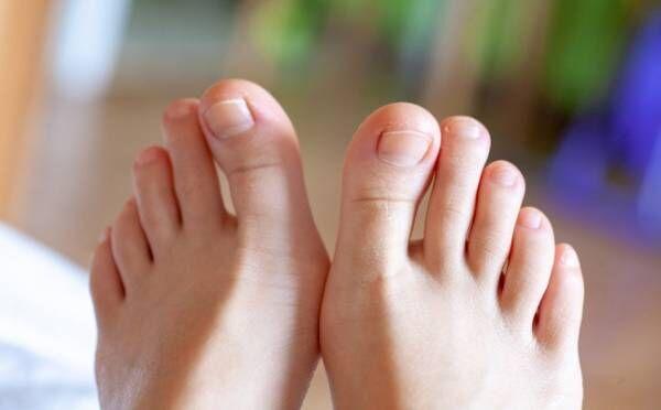 足の指が短い人は結婚後、豹変!? 彼の本性は「足の指」で見抜ける