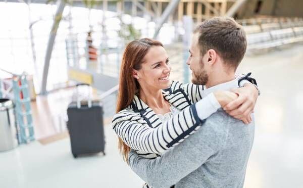「遠距離恋愛」を経て結婚するタイミング5パターン!片方の仕事が…