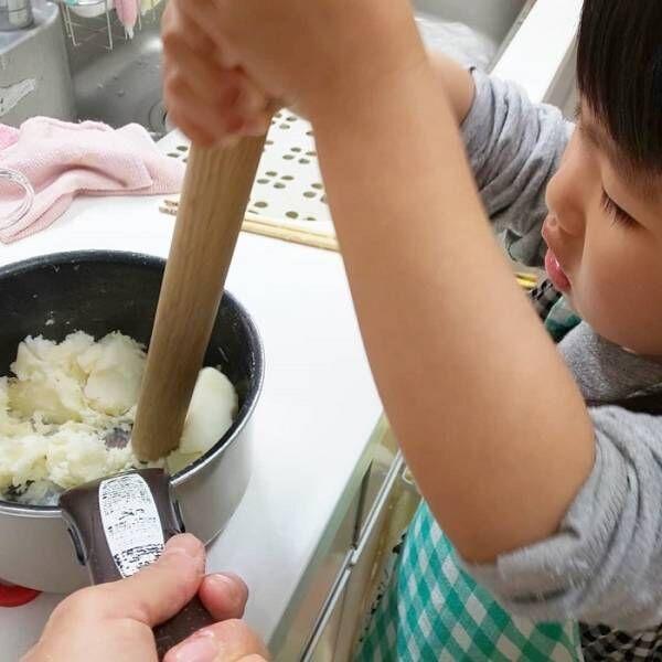 自分で作ったお料理は特別な味、まぜまぜこねこね「#親子クッキング」の画像