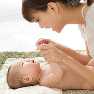 《これって乳児脂漏性湿疹?》乾燥が気になる季節の、ベビー&ママの肌トラブル解消法
