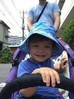 《子どもの日焼け対策は…頭・手足・目に注意》暑い日もこれで乗り切る! ベビー&キッズのおでかけ、必須の3アイテム♪