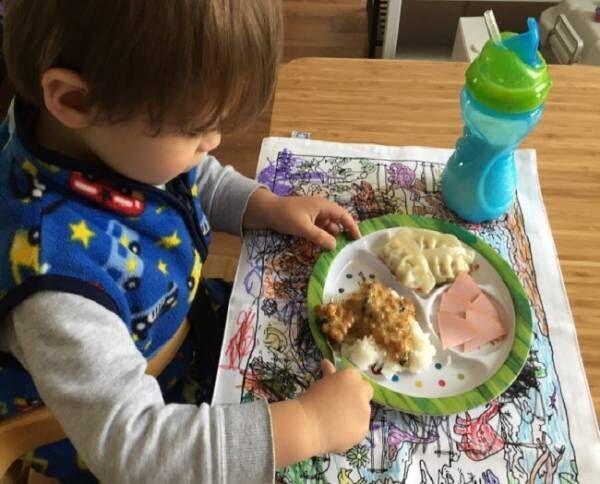 《外食、ピクニックにも!》 洗って繰り返しお絵描きできる画期的アイテムで、お食事タイムを楽しもう♪
