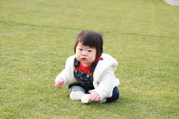 《ベビー連れピクニック、穴場4選!》親子で芝生でゴロゴロ、美味しいテイクアウトグルメも楽しもう♡