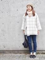 【おしゃれびとスナップ#26】顔色がぱっと明るく。大人に似合う甘すぎない白コート