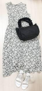 UNIQLO最新ワンピは絶対に「買い!」3990円で大人かわいい&体型カバーが叶う
