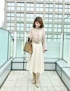 ZARAのエコレザースカートで春の高見えコーデ。おしゃれ鮮度もUP!