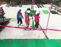 子どものスキーデビュー、初心者ママが教えるスクールと準備のコツ